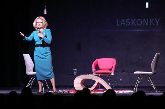 Jitka Asterová během představení Laskonky