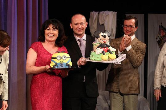 David Novotný se svým narozeninovým dortem