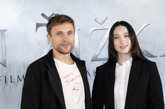 William Moseley se Sophií Lowe