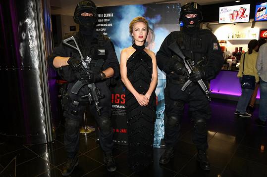 Vlastina Svátková si zahrála manželku zločince Káčka.