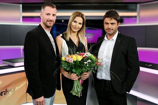 Manželka Karla Gotta dostala kytici od Petra Vágnera a Mirka Šimůnka.