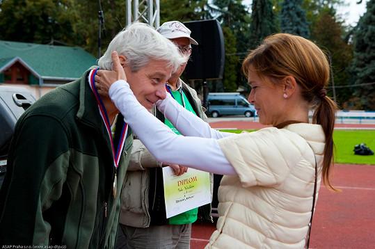 Olga na Sportovních dnech seniorů.