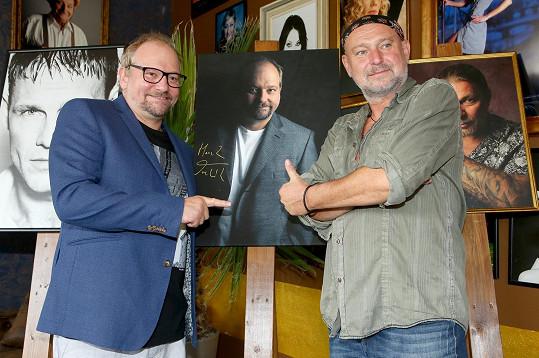 Herec Marek Taclík a fotograf Jakub Ludvík podpořili dobrou věc.