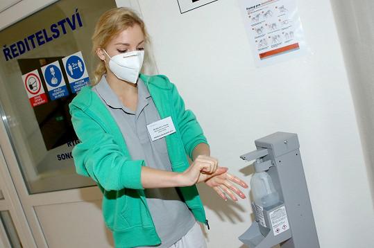 Dělá společnost dlouhodobě hospitalizovaným pacientům.