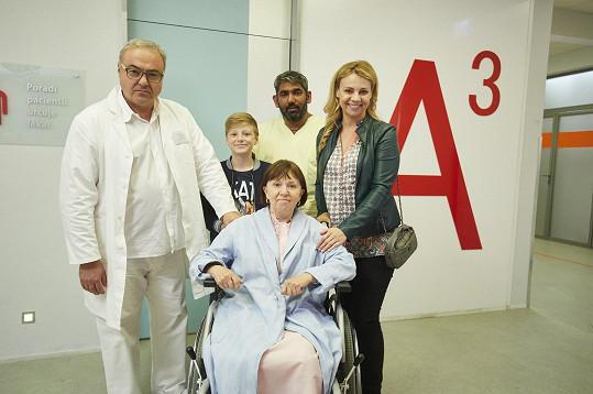 Martina Randová coby Heluš a její rodina v Ordinaci