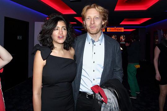 Karel Janeček oficiálně ukončil manželství s Mariem Mhadhbi a je zasnoubený se svou současnou partnerkou Lilií Khousnoutdinovou.