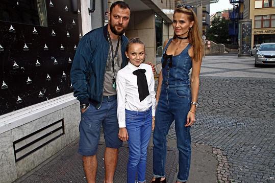 Středobodem vesmíru je teď pro Tomáše dcera Kačenka.