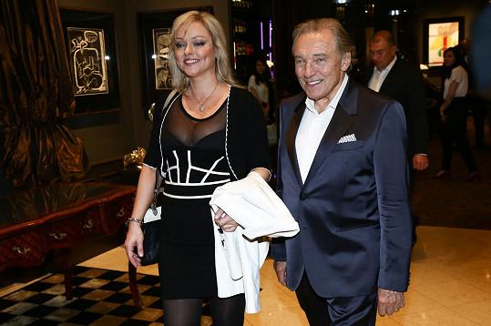 Dominika Gottová a Karel Gott na archivním snímku