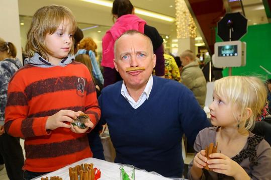 Karel Voříšek s dětmi své sestry