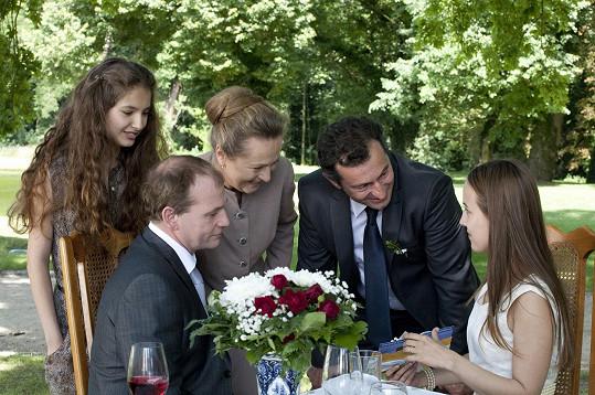 Hlava rodiny František by po boku svých tří dcer rád viděl schopné a úspěšné muže.