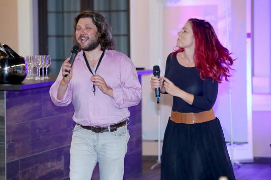 A zazpíval si i duet s Míšou Noskovou.