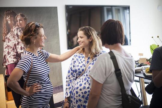 S těhotnou kolegyní Marikou Šoposkou