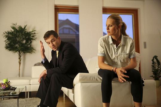 Simona s Ondřejem Sokolem ve filmu Vybíjená