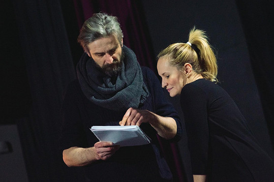 Monika Absolonová s Romanem Zachem zkoušejí Funny Girl.