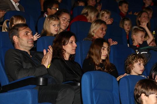 Film si rodinka užila.