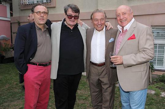 Borek Severa, Ladislav Štaidl a Karel Gott klábosili s Felixem Slováčkem.