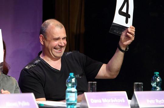 Také Petr Rychlý, jenž se výborně bavil.