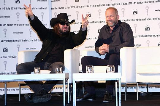 Robert Kodym řádil na festivalové tiskovce jako černá ruka.