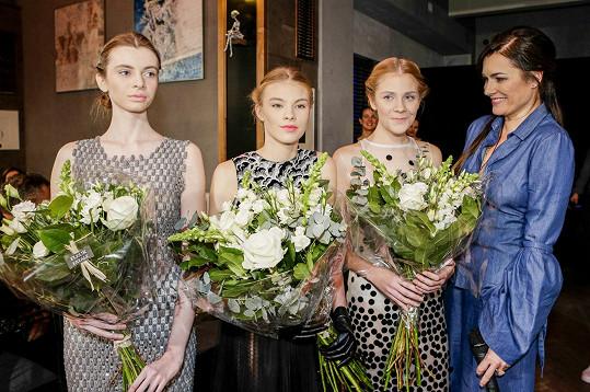 Mezinárodní porotu nejvíce zaujala čtrnáctiletá Kateřina Stará. Druhou a třetí příčku obsadily Beáta Abra (15 let) a Berenika Vojtěchová (17 let).