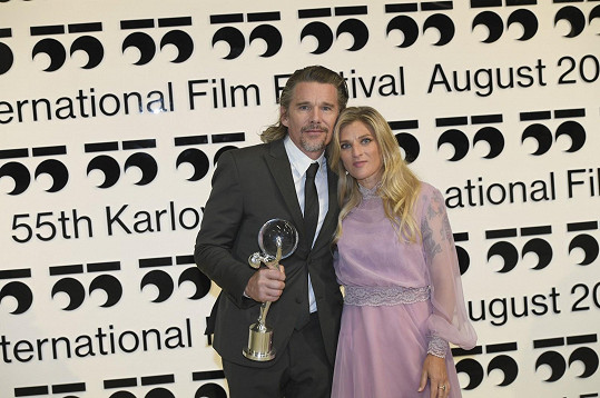 Ethan Hawke s manželkou Ryan