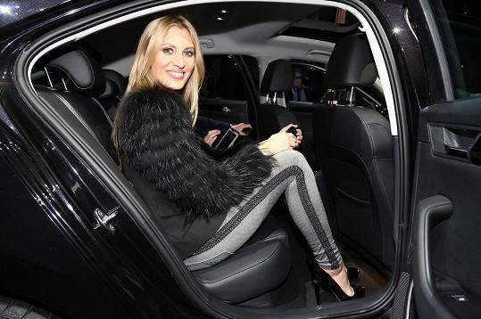 Kateřina Průšová si nadělila pořádně luxusní autíčko.
