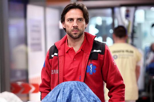 Roman Vojtek jako záchranář Dany