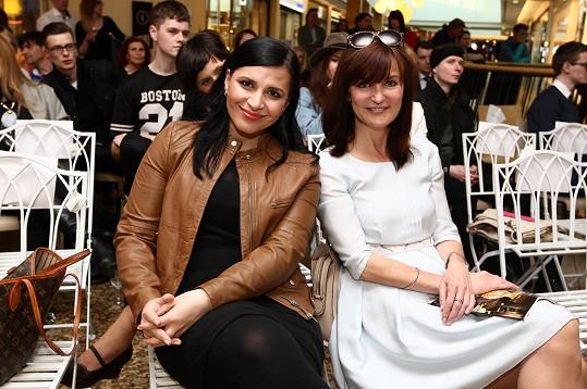 Andrea Kalivodová a Beata Rajská v hledišti