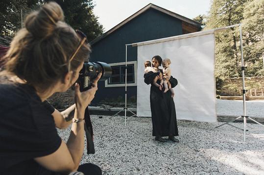 S mladší Rozárkou fotila i snímek pro projekt Jsem žena, jsem kněžka.