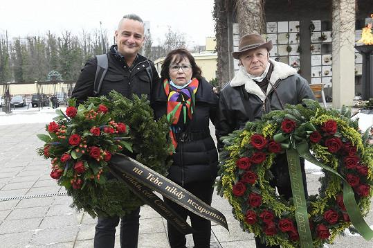 Nechyběla kolegyně z kapely Pacifik, country a folková zpěvačka Helena Maršálková