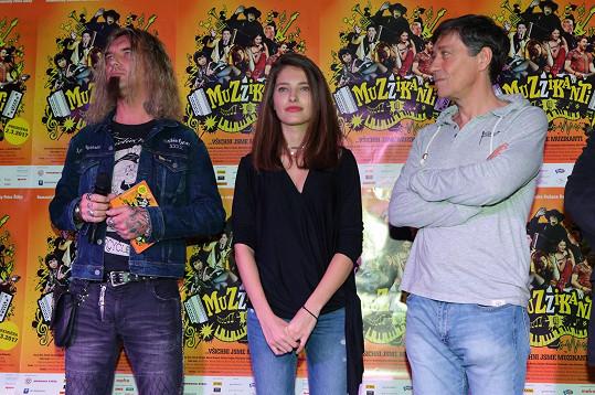 S kolegyní Sarou Sandevou a Romanem Izzim Izaiášem, jenž mu pro film propůjčil hlas.