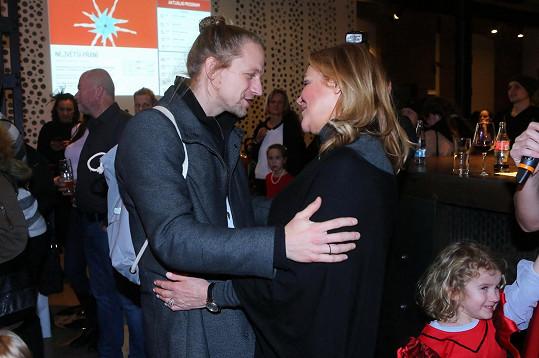 Tomáš Klus se nechal unést rodinnou atmosférou, která na akci panovala.