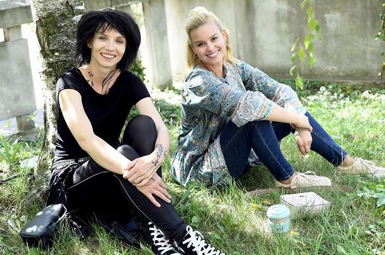 Ve filmu si zahraje například s kolegyní Patricií Pagáčovou.