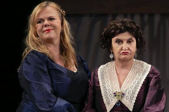 Eva Holubová a Sabina Remundová (Marja Antonovna)