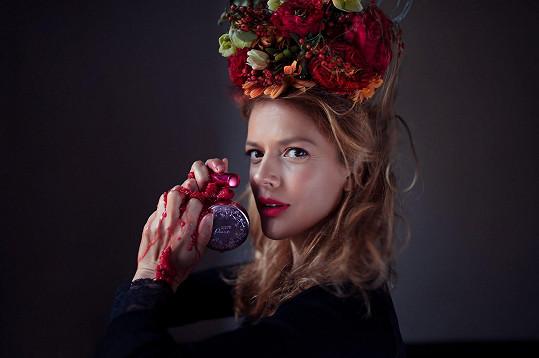 Andrea Růžičková používá líčidla z ovoce a zeleniny.