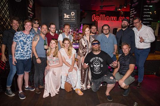 Kmotry klipu k písni TMA se stali Ondřej Ruml, David Stypka, Honza Žampa a Kryštof Michal.