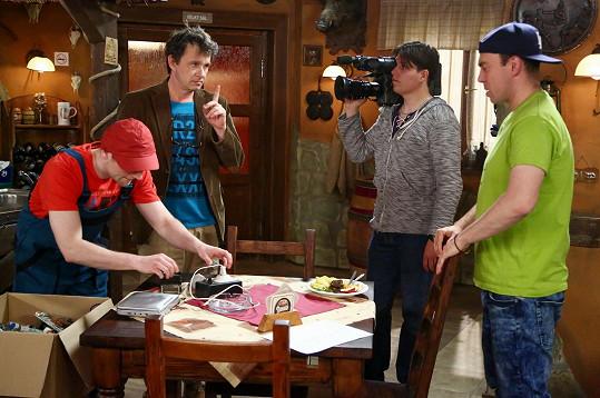 Láďa Hruška si zahrál v seriálu Jetelín.