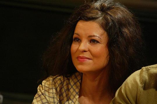 Betka Stanková hrála spolužačku a později kolegyni Andrey Růžičkové.