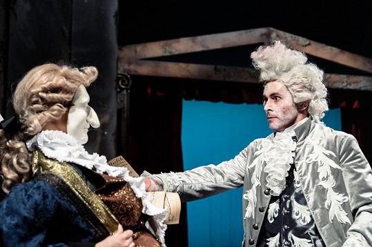 V představení Amadeus v mladoboleslavském Městském divadle