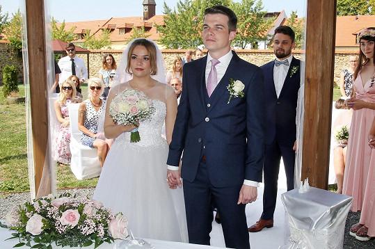 Dcera známé zpěvačky se o víkendu provdala.