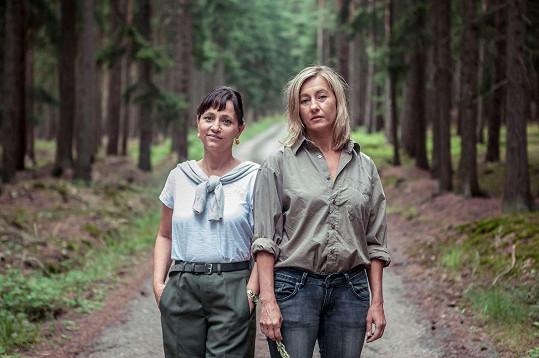 Ve filmu zazáří také Alena Mihulová a Vanda Hybnerová.
