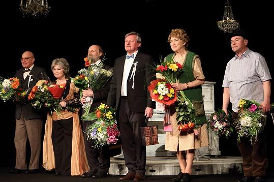 Svatopluk Skopal zářil na premiéře divadelní hry Stará dobrá kapela.