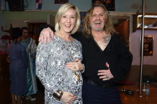 S manželem Pepou Vojtkem na premiéře Angeliky v divadle Broadway