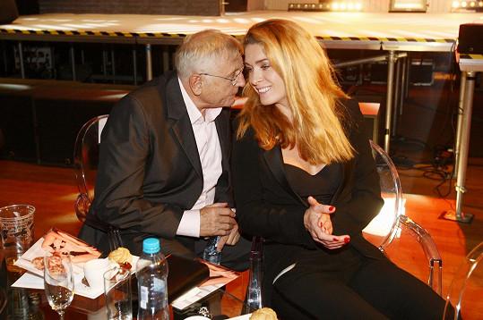 Menzelovi jsou stále zamilovaní.