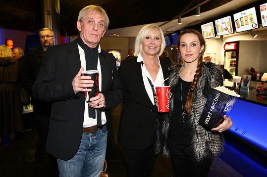 Hana Čížková s partnerem a dcerou Janou