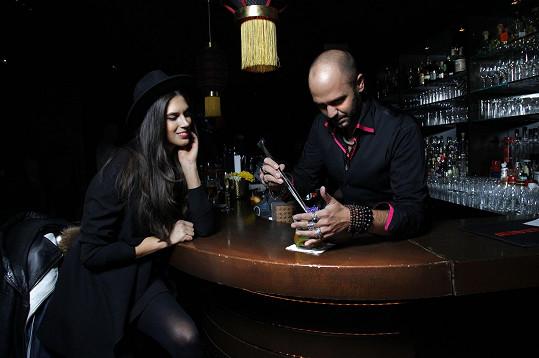 Aneta Vignerová díky pozvání na prezentaci nových drinků ochutnala mnoho variací, s alkoholem i bez.