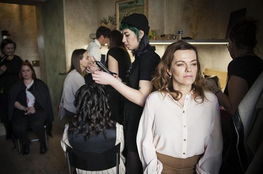 Na brunchi pořádaném k Mezinárodnímu dni žen se nechala s ostatními známými tvářemi hýčkat.