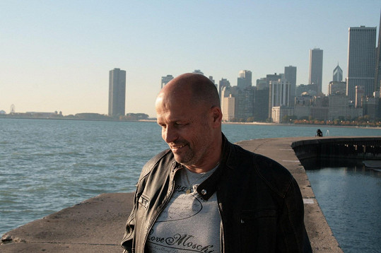 Ve čtvrté řadě se Zdeněk podíval do Chicaga.