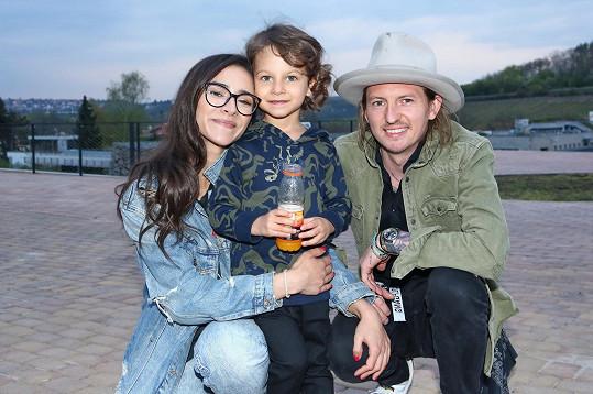Eva Burešová se synem a partnerem Přemkem Forejtem