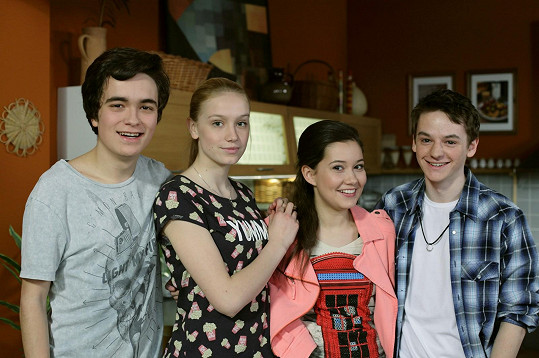 V seriálu Ulice hraje Lukáše Kreibicha.