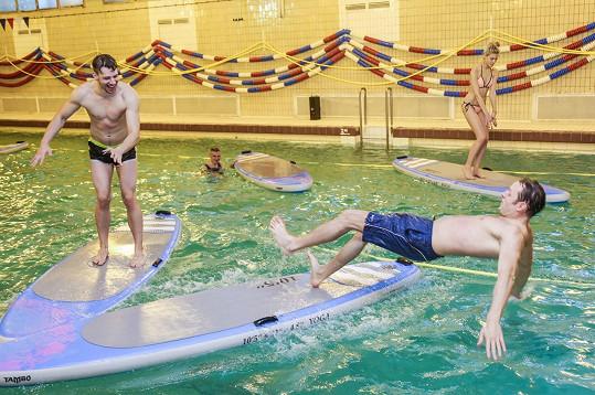 Peter a Honza se ve vodě vyřádili jak malí kluci.